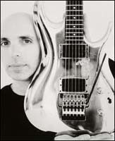JOE SATRIANI image groupe band picture