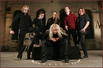 BEYOND TWILIGHT image groupe band picture