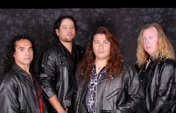 DIVINE RUINS image groupe band picture