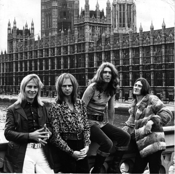 THE MASTERS APPRENTICES image groupe band picture