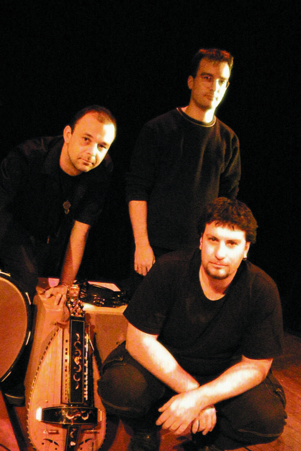PIENZA ETHNORKESTRA image groupe band picture
