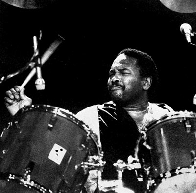 ALPHONSE MOUZON image groupe band picture