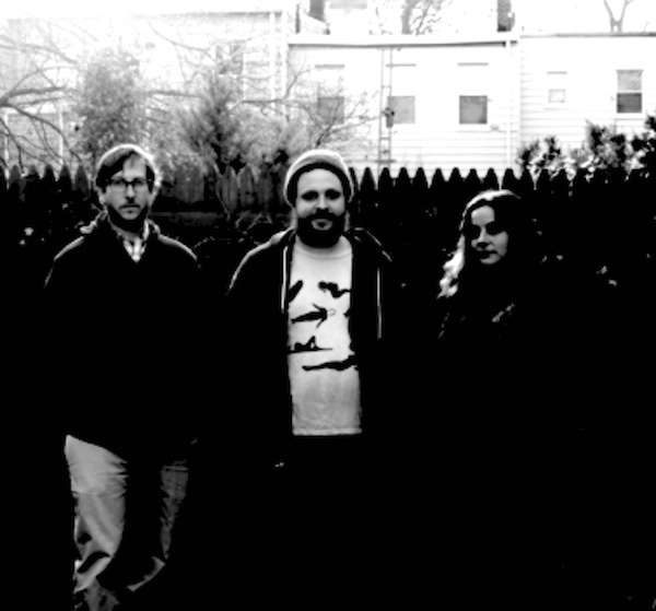 LONG DISTANCE POISON image groupe band picture