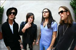 KINGS OF LEON image groupe band picture
