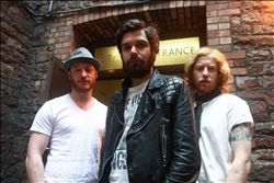 BIFFY CLYRO image groupe band picture
